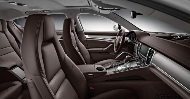 2014-Porsche-Panamera-Turbo-Executive-4[2]