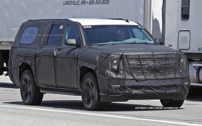 2015-Chevrolet-Tahoe-spied-front-three-quarter-2-1024x640 (1)