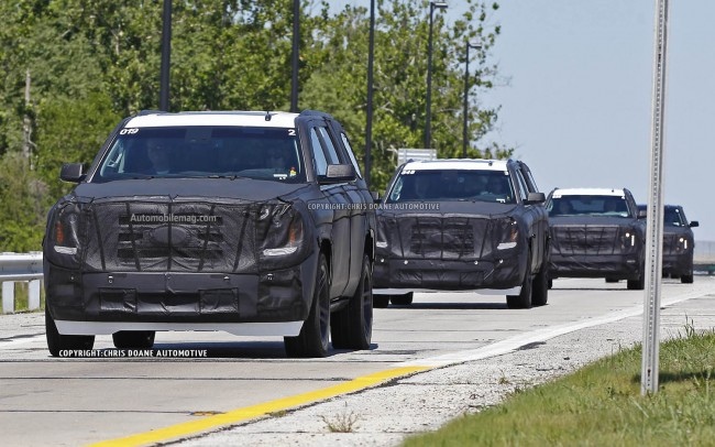 2015-GM-large-SUVs-spied-convoy