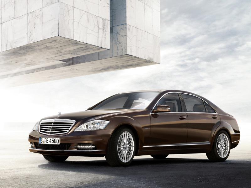 Mercedes-Benz-S300-laucnh-soon-(1)