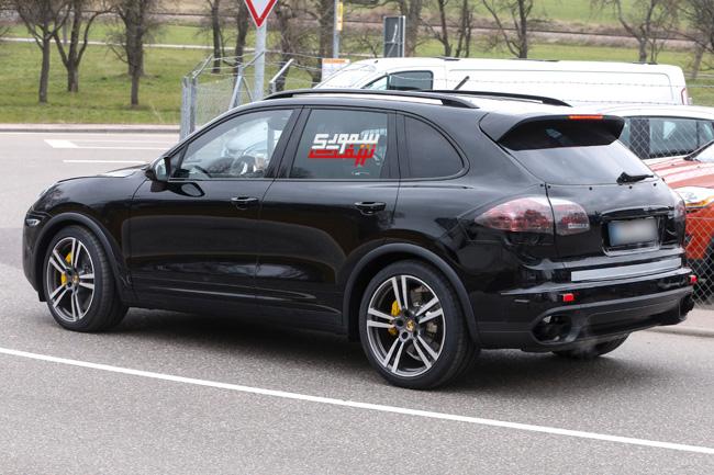 Porsche-Cayenne-Facelift-003