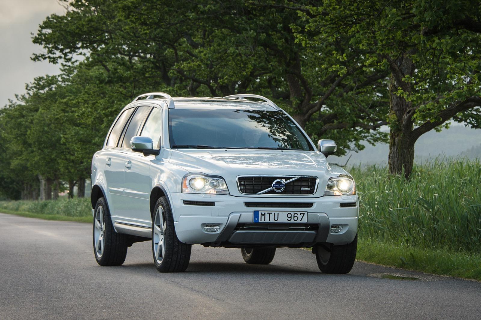 Volvo-XC90-4[3]