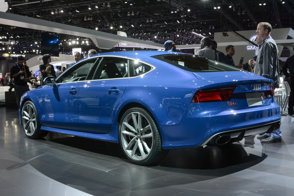 audi-rs7-performance-2-1