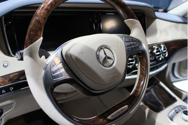 2014-mercedes-benz-s-class-live-photos-from-unveiling-in-hamburg_100427470_l
