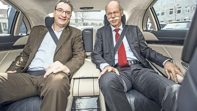 BILD and Dr. Dieter Zetsche present the new S-Class (3)