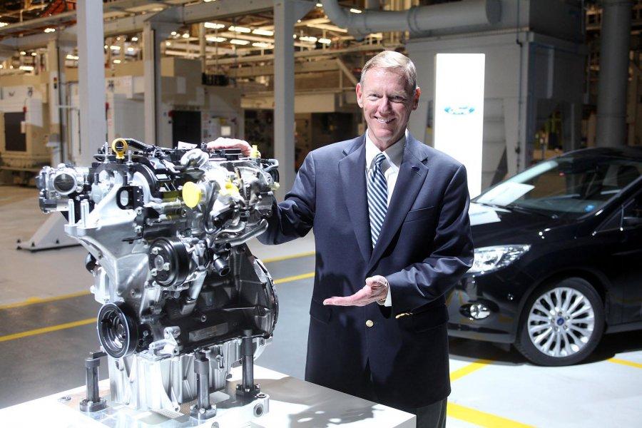 Ford-Focus-1-liter-EcoBoost-engine-12_900