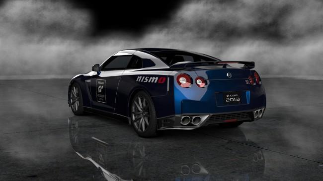 _bmUploads_2013-05-15_2625_Nissan GT-R Black edition 12 GT Academy13_73Rear
