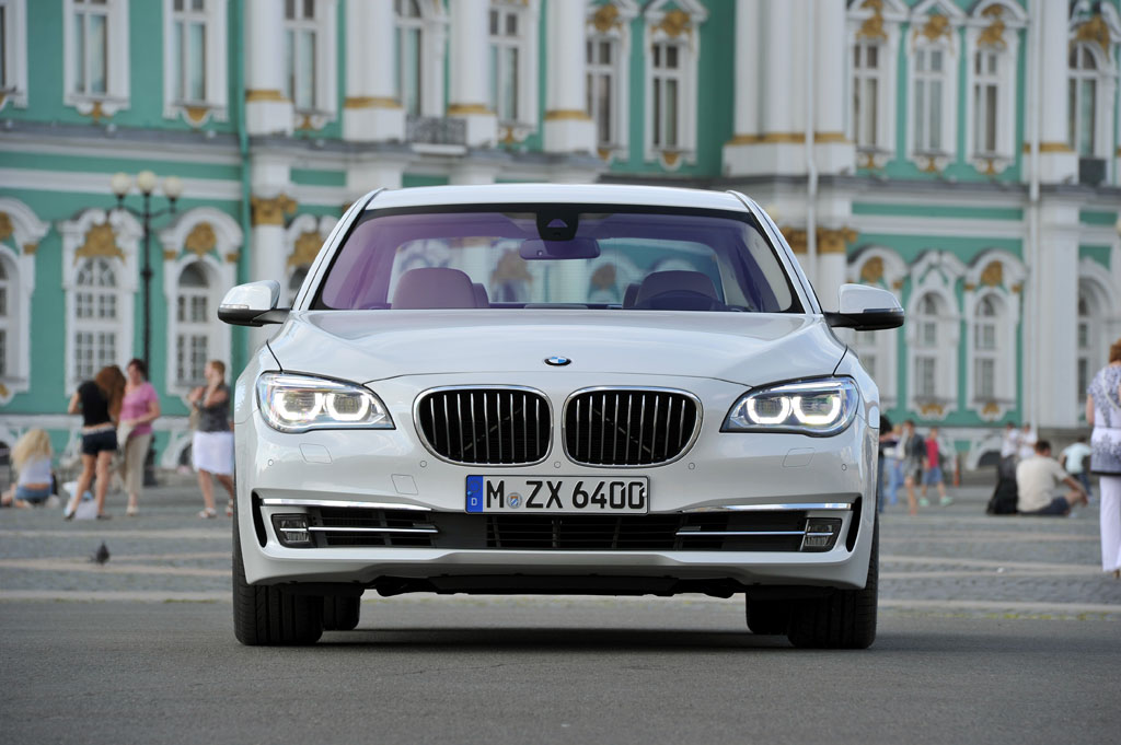 043561-first-drive-2013-bmw-7-series-750i-and-activehybrid7-by.3-lg