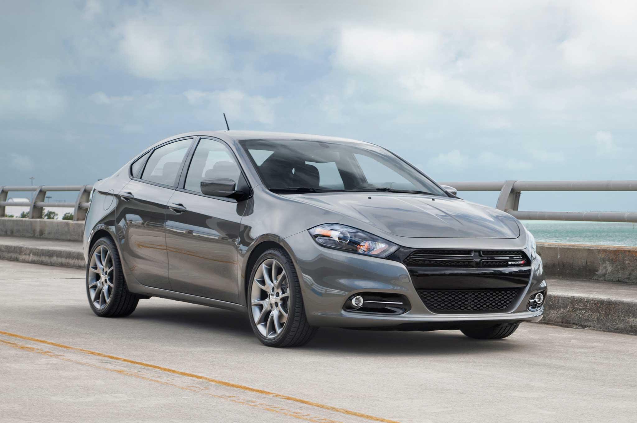 2013-Dodge-Dart-front-three-quarter-static