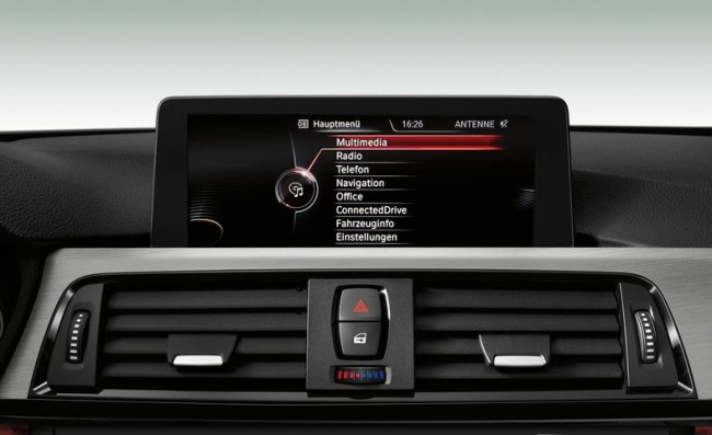 2013-bmw-435i-sport-line-air-vents-and-infotainment-display-photo-520780-s-787x481