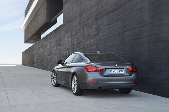 2014-BMW-4-Series-Coupe-15[2]