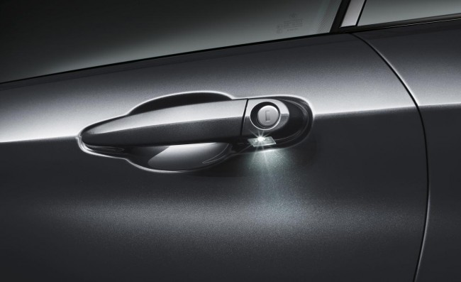 2014-bmw-4-series-door-handle-photo-520804-s-1280x782