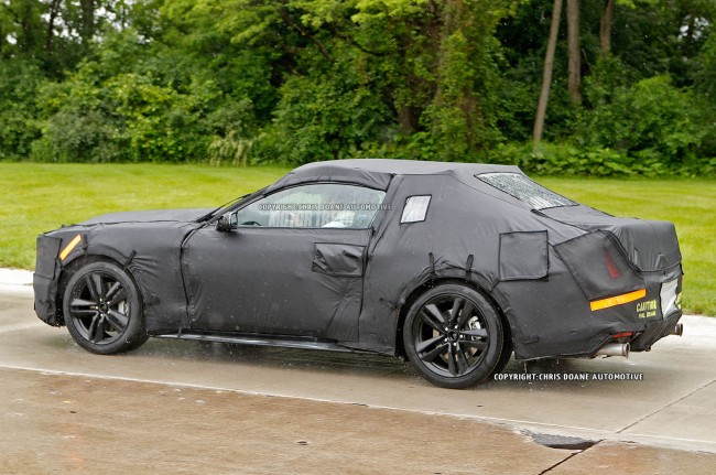2015-Ford-Mustang-prototype-side-motion