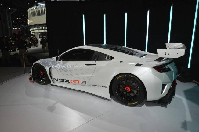 Acura-NSX-GT3-6