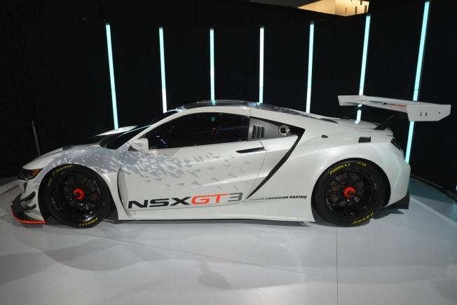 Acura-NSX-GT3-7