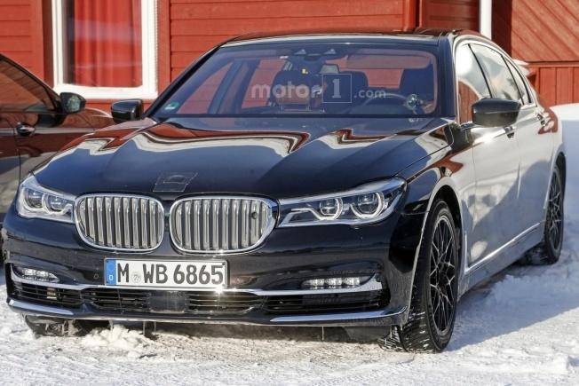 BMW M7 SPY 6