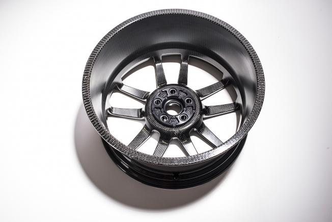 Ford-GT-carbon-fiber-wheels-12