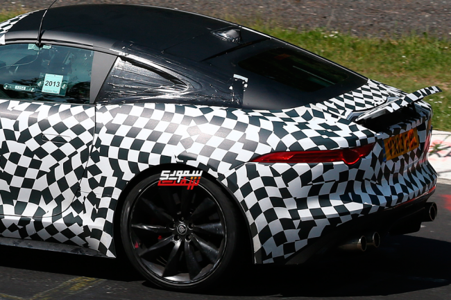 Jaguar-F-Type-Coupe-0011