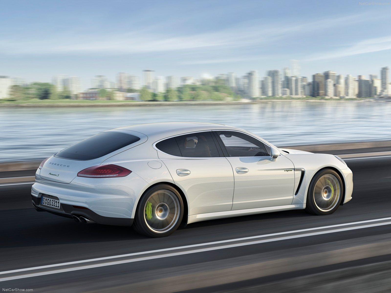Porsche-Panamera_2014_1600x1200_wallpaper_0c