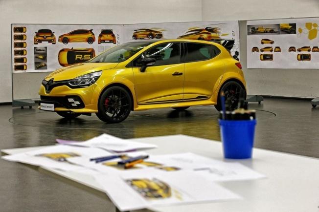 Renault-Clio-RS-16-5
