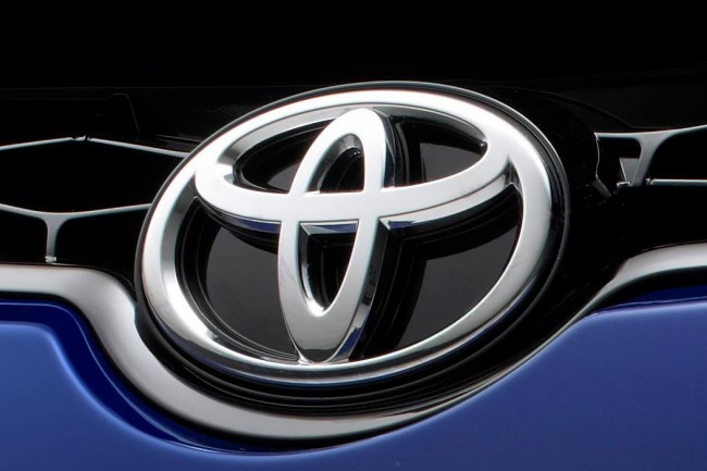 Toyota-Corolla-2014-2[4]