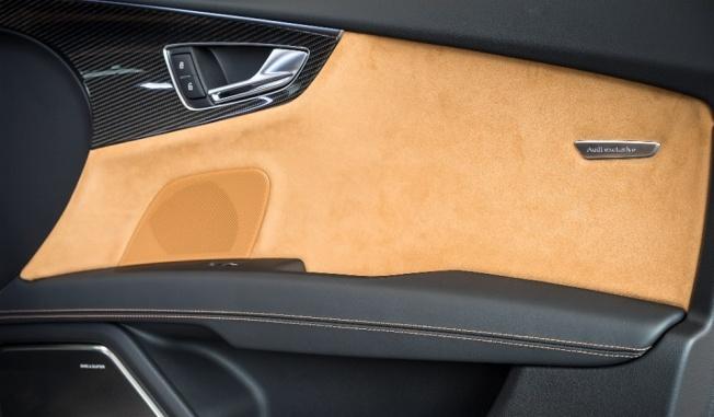 Zanzibar-Brown-Audi-RS7-15