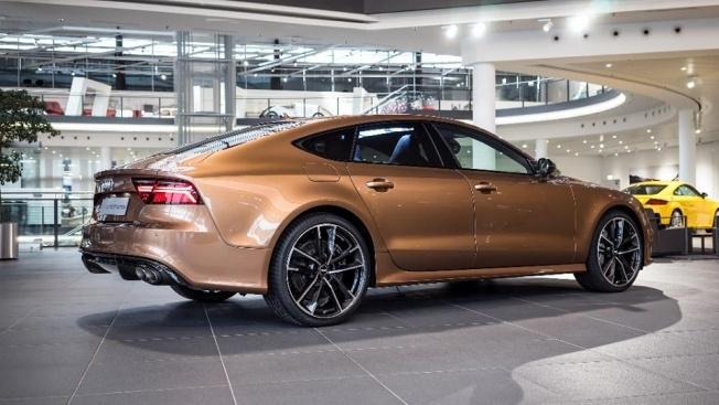 Zanzibar-Brown-Audi-RS7-3