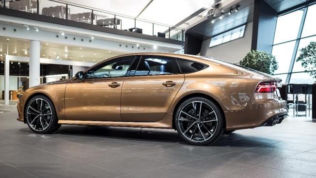 Zanzibar-Brown-Audi-RS7-4