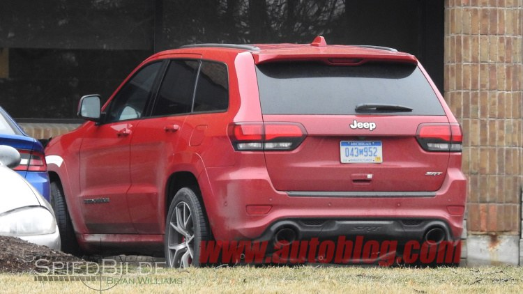jeep-grand-cherokee-trackhawk-03-1