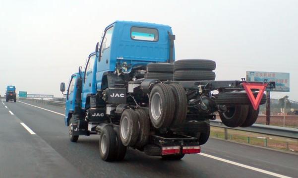 transporting-three-trucks-china-1