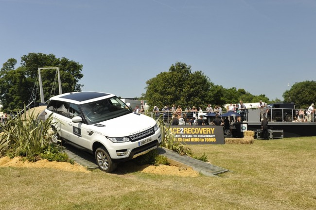 2013-GoodWood-Day1-101[2]