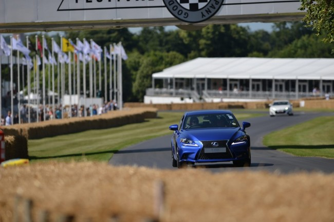 2013-GoodWood-Day1-113[2]