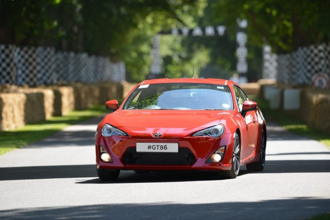 2013-GoodWood-Day1-151[2]