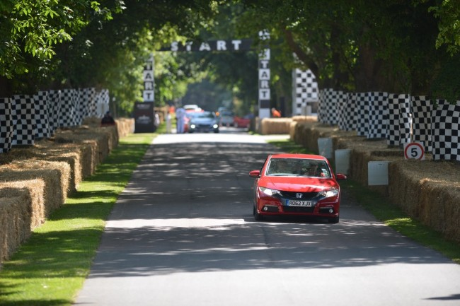 2013-GoodWood-Day1-89[2]