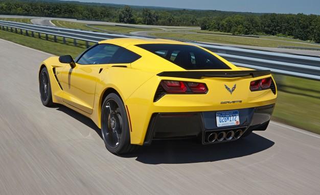 2014-Chevrolet-Corvette-Stingray-Z51-VIR-02-626x382
