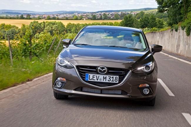 2014-Mazda3-Sedan-1[2]