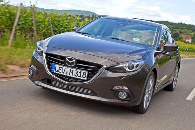 2014-Mazda3-Sedan-12[2]