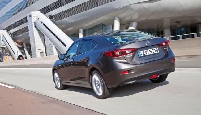 2014-Mazda3-Sedan-17[2]