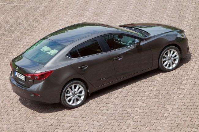 2014-Mazda3-Sedan-18[2]