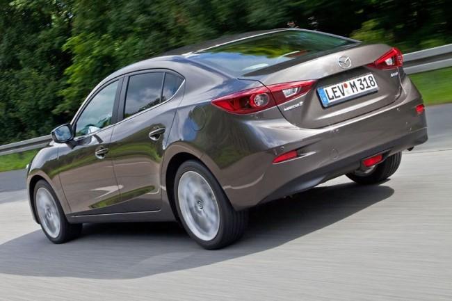 2014-Mazda3-Sedan-23[2]