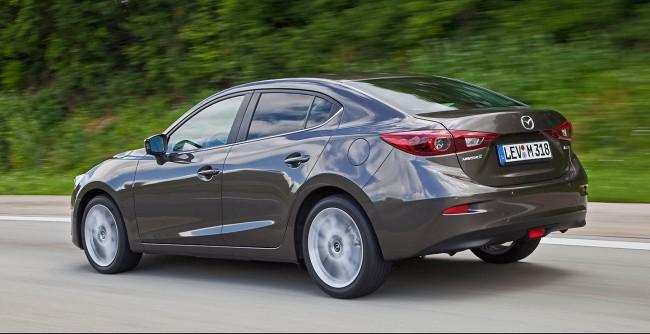 2014-Mazda3-Sedan-24[2]