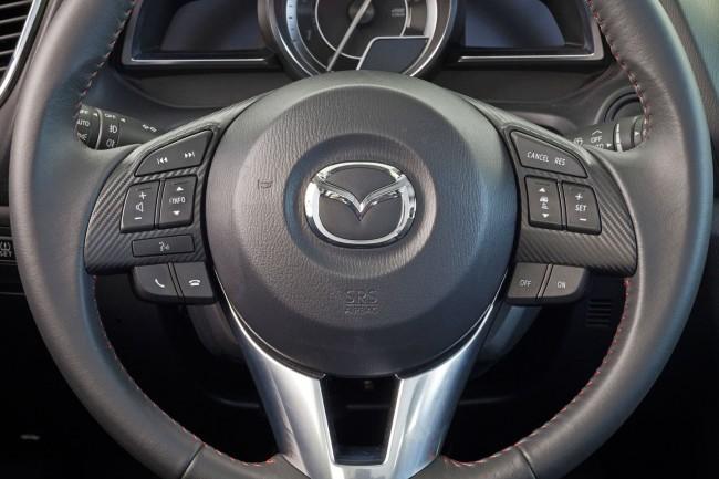 2014-Mazda3-Sedan-28[2]