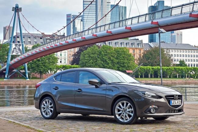 2014-Mazda3-Sedan-4[2]
