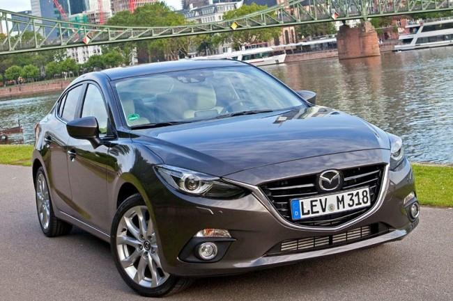2014-Mazda3-Sedan-9[2]