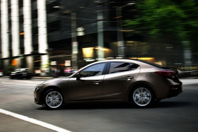 2014-Mazda3-Sedan_4[2]