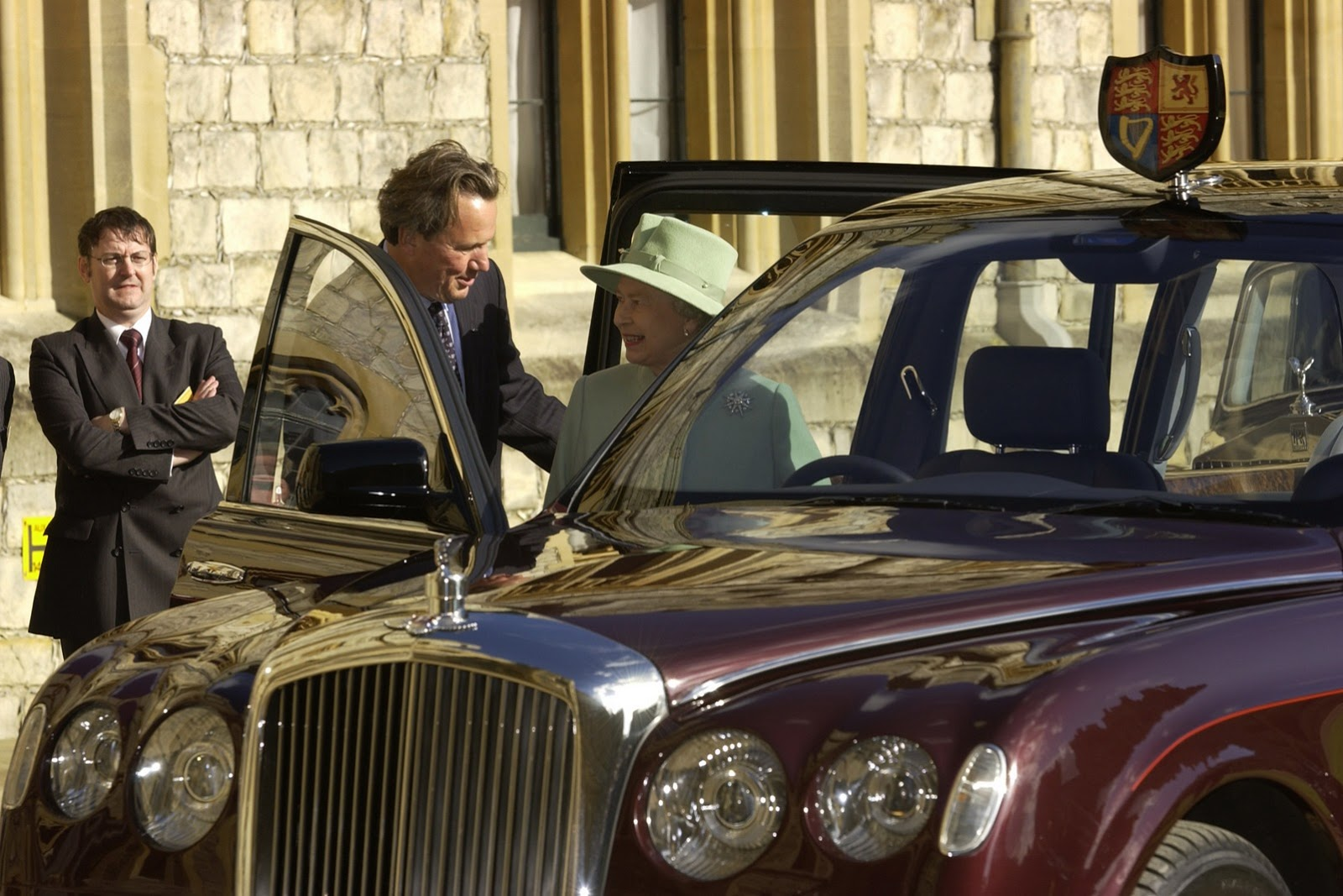 Bentley-State-Limousine-1[3]