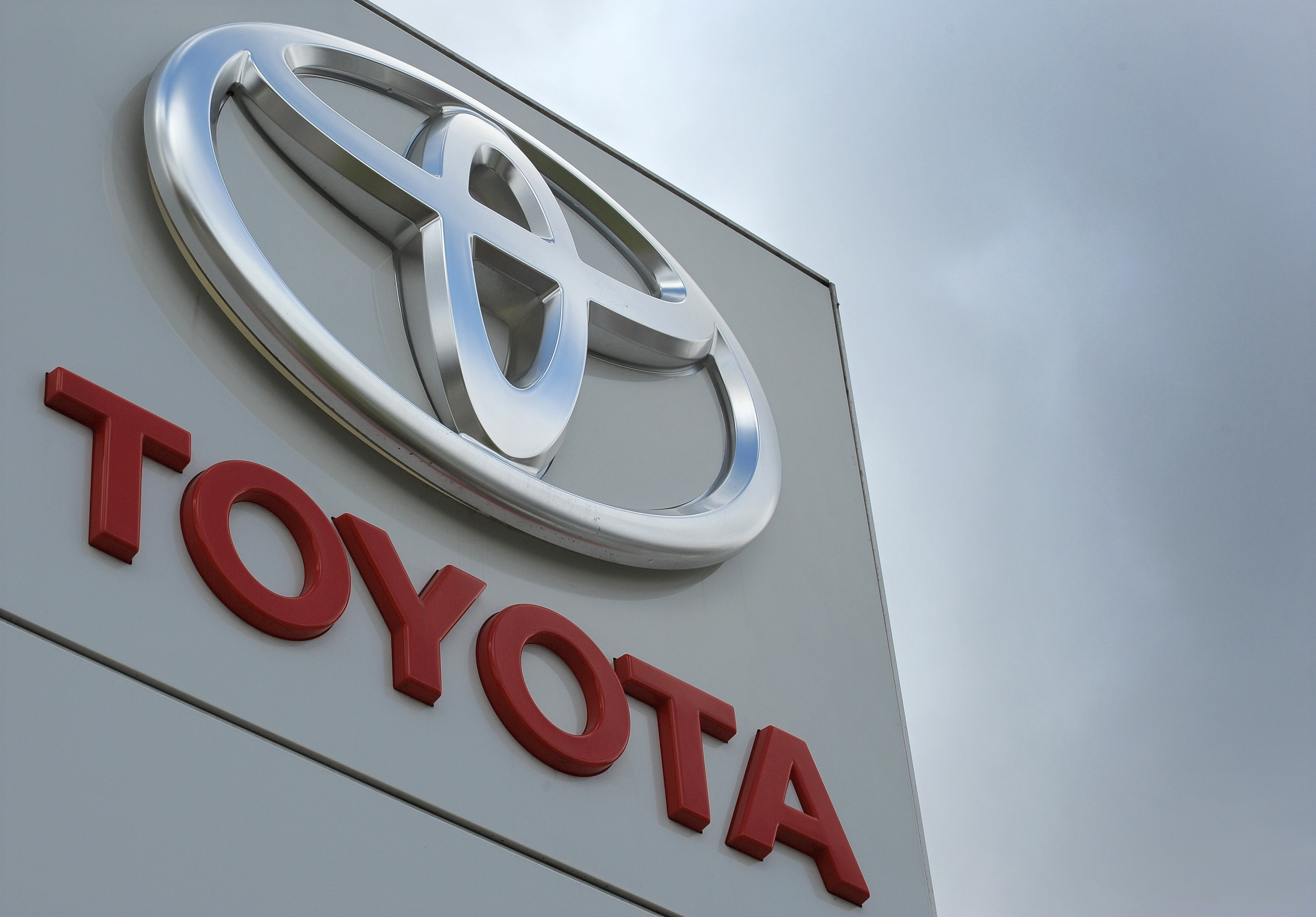 BRITAIN-JAPAN-FRANCE-AUTO-COMPANY-TOYOTA