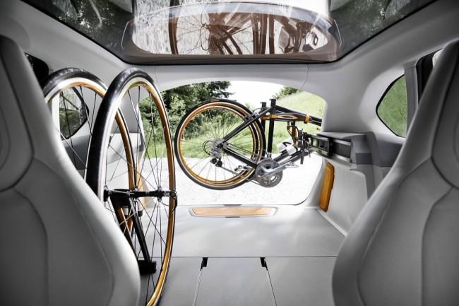 bmw-concept-active-tourer-outdoor-21