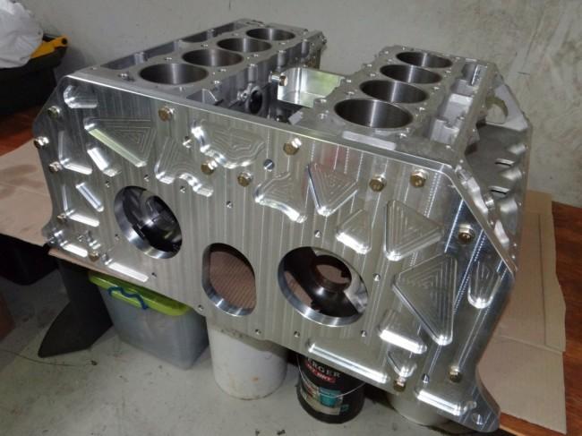 hal-twin-engine-supercar_100433015_l