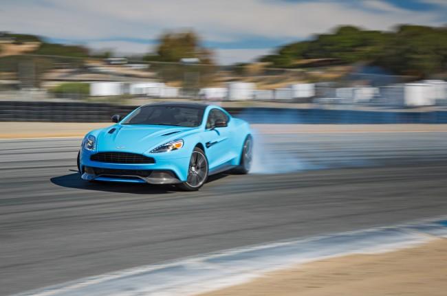 2014-Aston-Martin-Vanquish-drift1